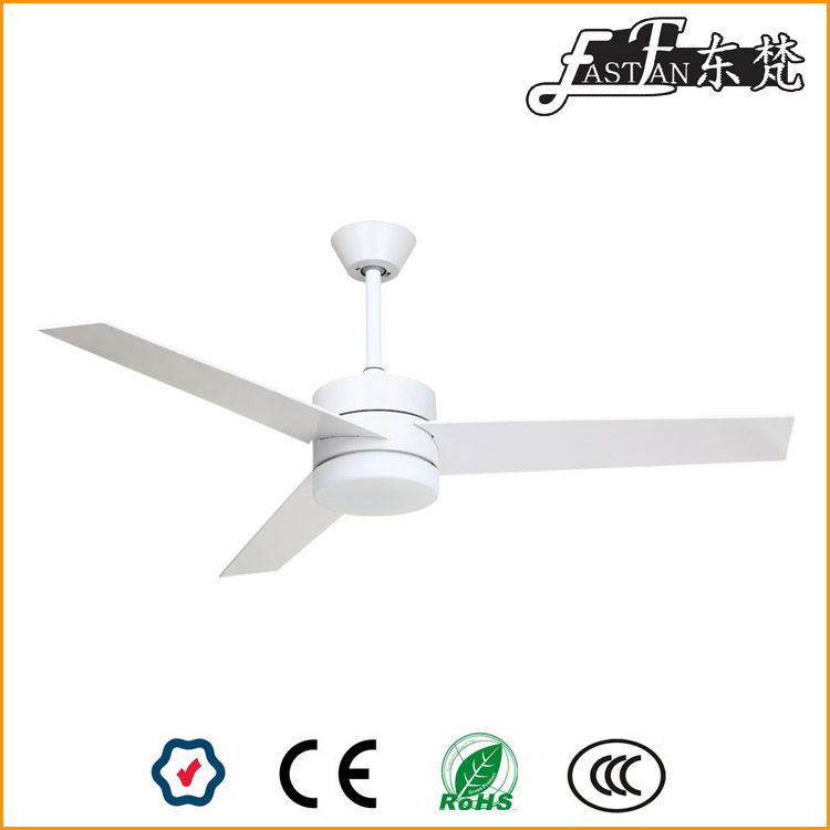 White Ceiling Fan With Light Ef52132a